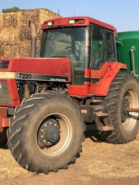 Case IH Magnum 7220 Tractor