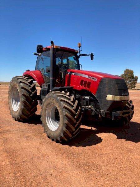 2006 Case IH Magnum 305 Tractor
