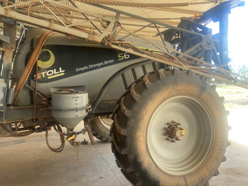 Stoll S6000 Trailing Sprayer