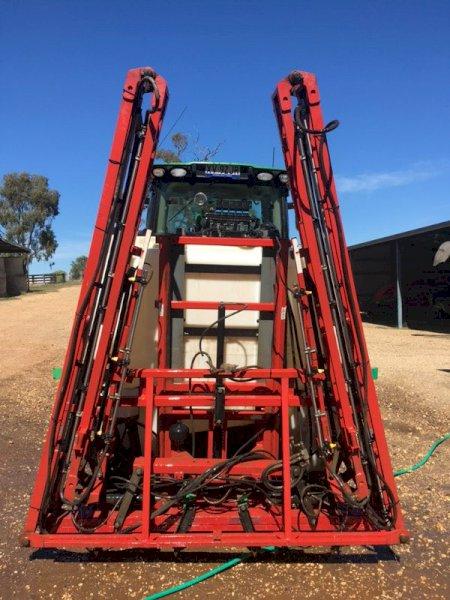 Croplands Linkage Sprayer 1600 LItre