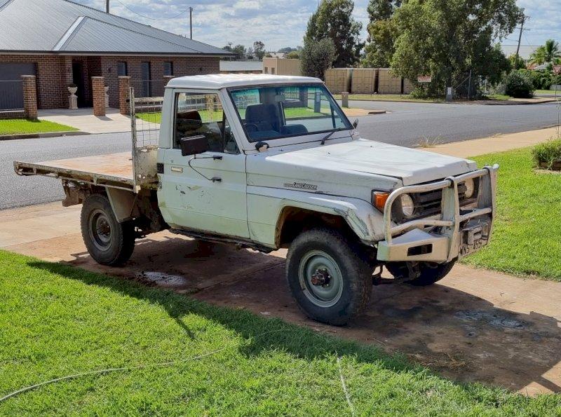 1998 Toyota Landcrusier HZJ75 Ute