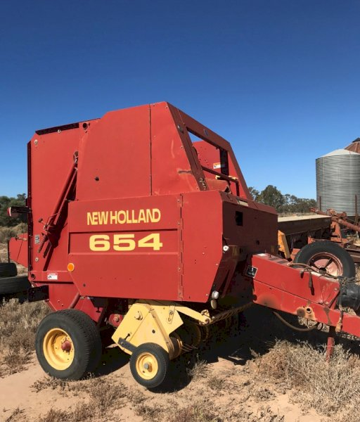 Under Auction - (A146) - New Holland 654 Round Baler - 2% + GST Buyers Premium On All Lots