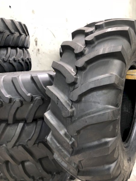 24.5 x 32 Tractor Tyres  X 2 Wanted