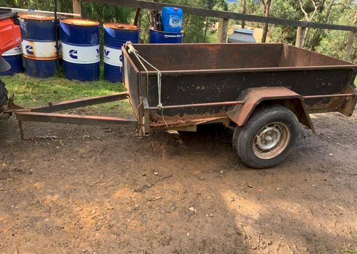 Under Auction - (A151) - 7ft x 4ft Trailer - 2% + GST Buyers Premium On All Lots