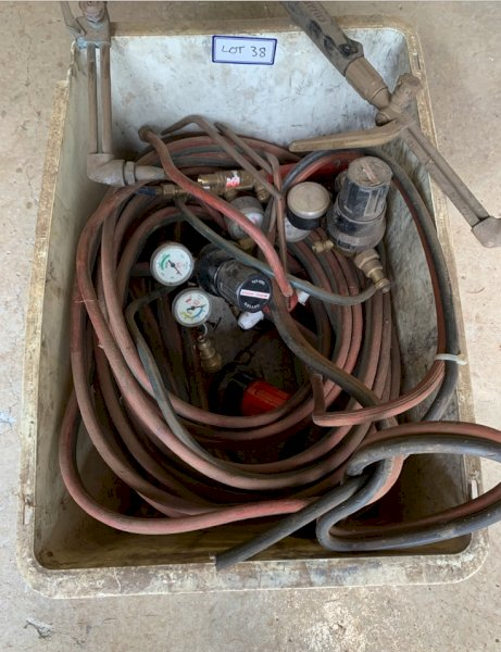 Under Auction - (A151) - 2 x Oxy/Acetylene Kits - 2% + GST Buyers Premium On All Lots