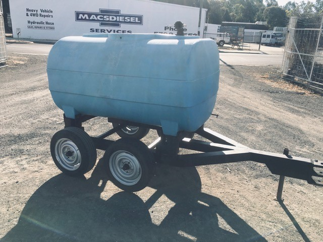 1700L Poly Water Tandem Axle Cartage Tank and Trailer