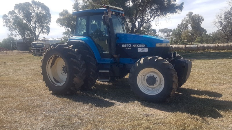1998 Ford NH 8970 Tractor
