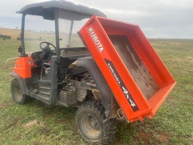 2009 Kubota RTV900 Diesel 4x4 Side by Side Hydraulic Tipper