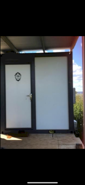 Portable Ensuite with Gas Hot Water System Fitted