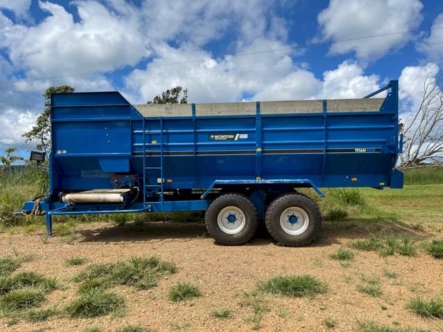 McIntosh Titan 900 Feed Wagon