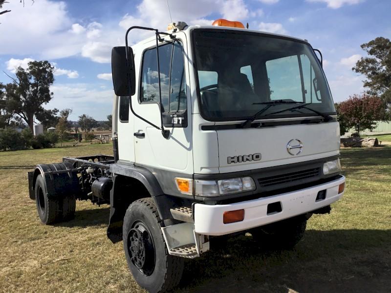 2001 Hino GT Truck