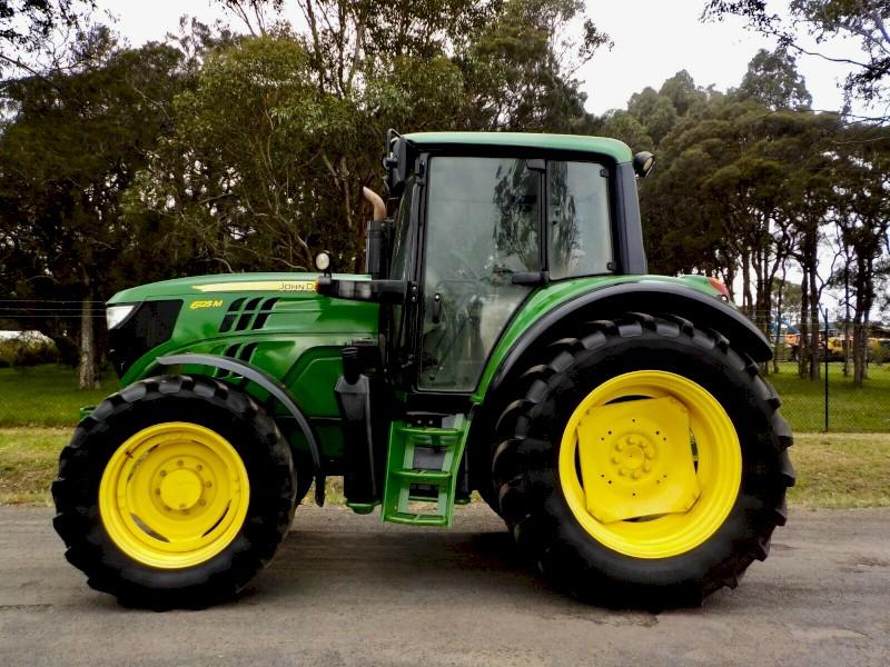 2015 John Deere 6125M 4x4 130hp Agricultural Farm Tractor