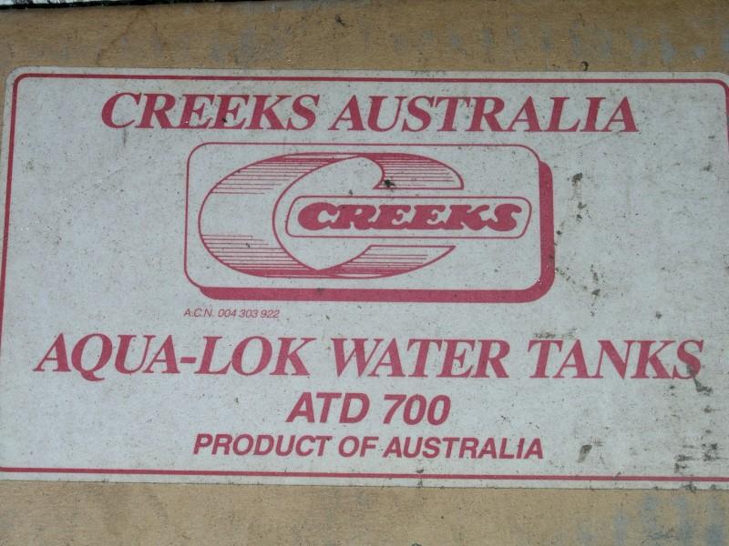 CREEKS WATER TANK, IN KIT FORM UNASSEMBLED, NEW - QTY 1