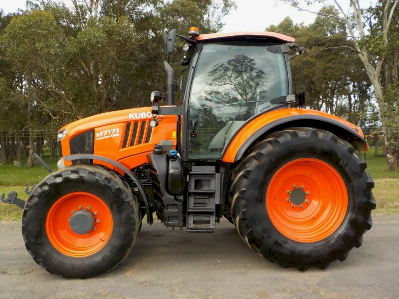 2016 Kubota M7171 Premium KVT 4x4 173hp Agricultural Farm Tractor