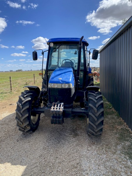 New Holland TD80D Tractor