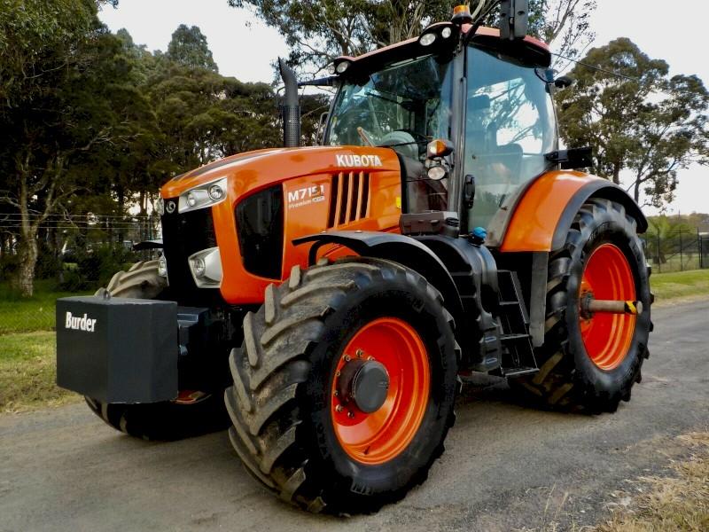 2017 Kubota M7151 Premium KVT 4x4 Agricultural Farm Tractor 170hp