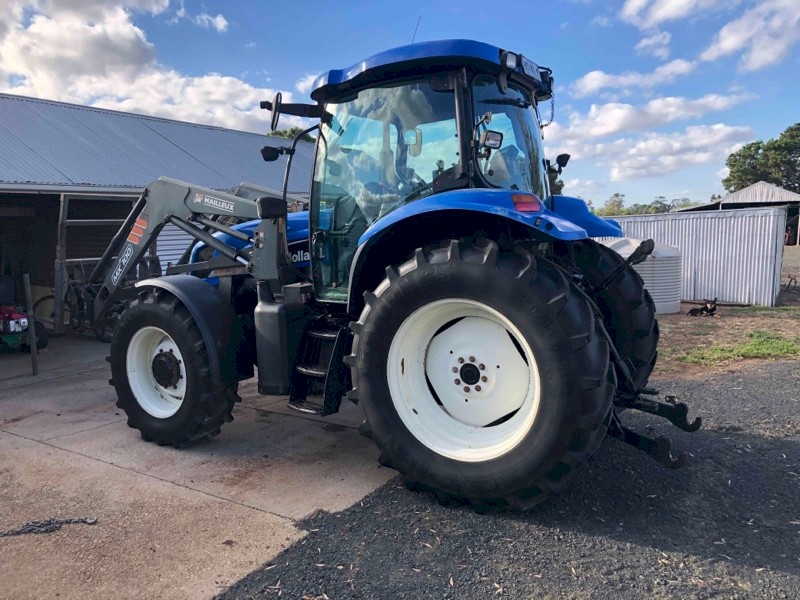 New Holland TS115A Tractor with FEL