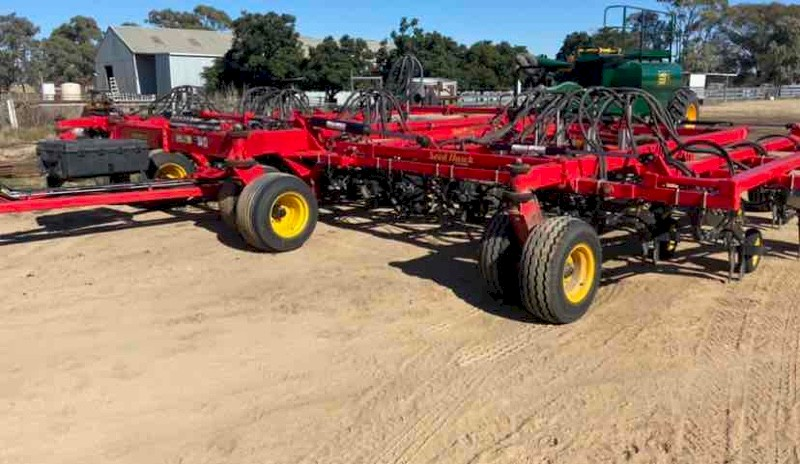 2019 Seed Hawk Vaderstad 40ft Airseeder Bar
