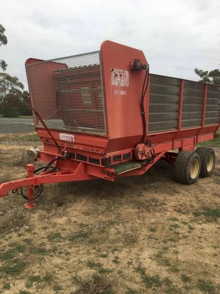 CUB 130 Forage Feedout wagon