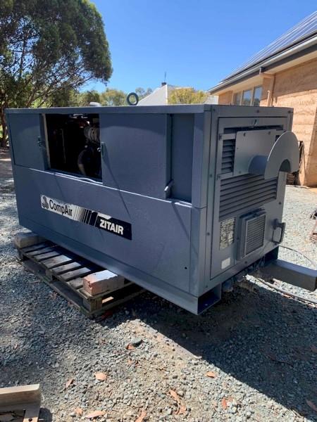 Compair Zitair 100T Vane Compressor 4 Cylinder Diesel